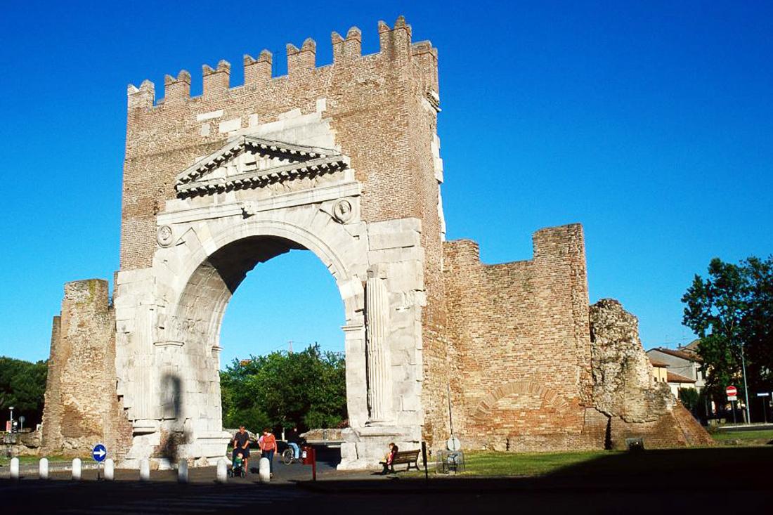 L'Arco di Augusto - hotel mara rimini