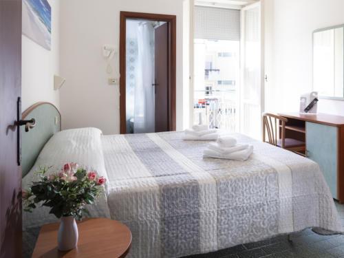 Hotel Mara - Hotel economici a Rimini sul mare - camera con aria condizionata