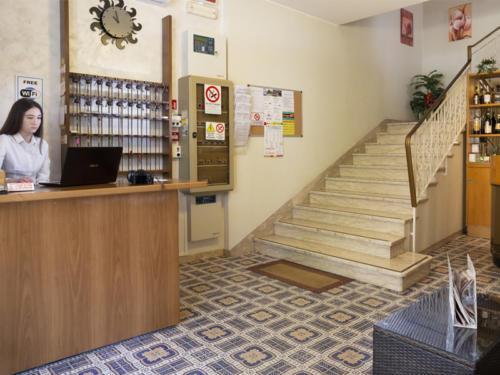 Hotel Mara - Hotel economici a Rimini sul mare - discoteche e divertimenti