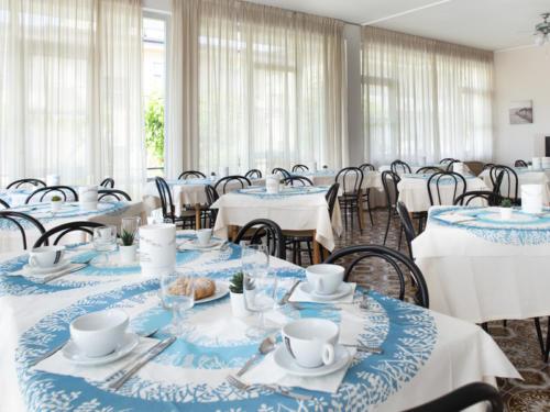 Hotel Mara - Hotel economici a Rimini sul mare - sala colazioni